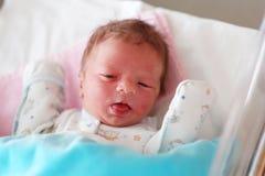 Één dag oude pasgeboren baby Stock Foto