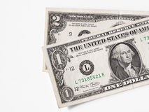 Één en twee dollarsrekeningen - RUW formaat   Stock Fotografie