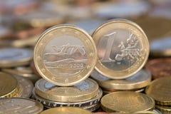 Één Euro muntstuk van Finland Stock Foto's