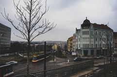 Één grote straat van Praag in het stadscentrum royalty-vrije stock foto