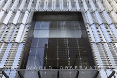 Één Ingang van het Wereldwaarnemingscentrum bij het Één World Trade Center, de Stad van New York, de V.S. Royalty-vrije Stock Foto