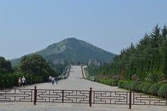 Één keizermausoleum en twee keizers stock foto's