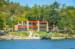 Één modern huis in de Eilanden en Kingston van 1000 in Ontario, Canada Royalty-vrije Stock Fotografie