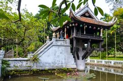 Één pijlerpagode in Vietnam stock foto's