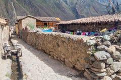 Één van oude stegen van Ollantaytambo-dorp royalty-vrije stock afbeeldingen