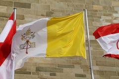 Één Vlag Vatikan Stock Fotografie