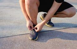 Één vet mensenbegin die voor gezond lopen Stock Fotografie