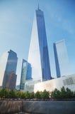 Één World Trade Center en 9/11 Gedenkteken in New York Stock Afbeeldingen