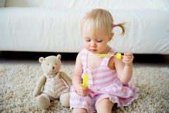2 éénjarigenmeisje Stock Afbeelding