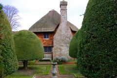阿尔热僧侣房子和庭院,东萨塞克斯郡,英国 免版税图库摄影