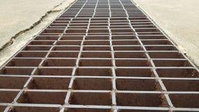 铁排水管盖子 免版税库存图片