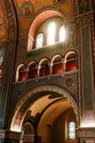 金黄装饰的教会墙壁 免版税库存照片