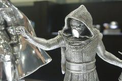 选择焦点从争霸特权电影的黑暗的战士Kylo任行动象征 免版税库存图片