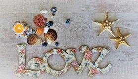 Écartez l'amour et la paix autour du monde sur le Saint Valentin et le Noël Image stock