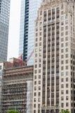 Échafaudage sur la construction de Chicago Photos stock