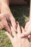 Échange d'anneau de mariage Images stock