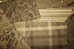 Échantillons antiques de tissu Photographie stock libre de droits