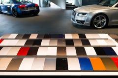 Échantillons de peinture de voiture images stock