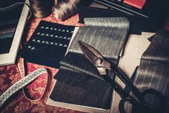 Échantillons de tissu pour la mise sur pied Photographie stock