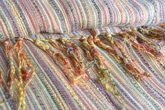 Écharpe dans des motifs indiens photo stock