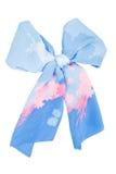 Écharpe en soie Écharpe en soie bleue pliée comme le bowknot images stock