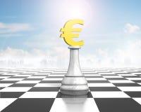 Échecs d'argent d'euro devise d'or sur l'échiquier Images libres de droits