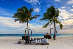 Échecs sur la plage Images libres de droits