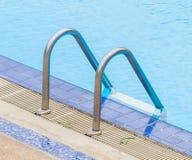 Échelle de piscine Images libres de droits