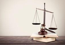 Échelle, loi, avocat Image libre de droits