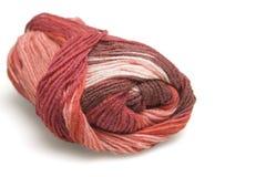 Écheveau de laine en rouge Photos libres de droits