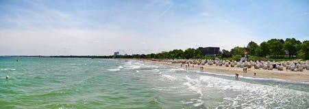 Échouez le panorama dans le brin de Timmendorfer, mer baltique, Allemagne Photographie stock