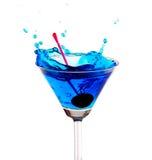 Éclaboussement bleu de cocktail images libres de droits