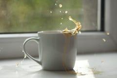 Éclaboussement de thé Photo libre de droits