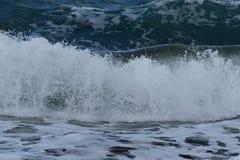 Éclaboussement des ondes image libre de droits