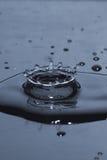 Éclaboussure de baisse de l'eau Photo stock