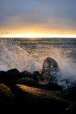 Éclaboussure de coucher du soleil de Côte Pacifique Photographie stock