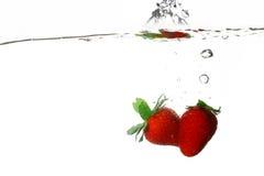 Éclaboussure de fraise photos libres de droits