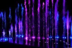 Éclaboussure de l'eau - couleur au néon Photo libre de droits