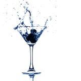 Éclaboussure en verre de Martini photos libres de droits