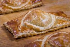 Éclailles de pâte feuilletée Photo stock