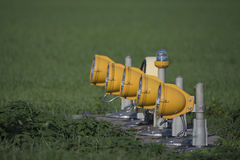 Éclairage de piste Projecteurs d'atterrissage d'aéroport Photos stock