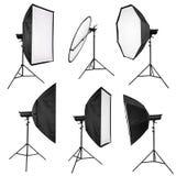 Éclairage de studio d'isolement sur le blanc Photographie stock libre de droits