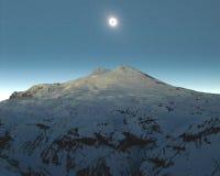 Éclipse au-dessus d'Elbrus Photos stock