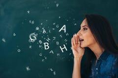École, ourse anglais de leçon d'étudier une langue étrangère image libre de droits