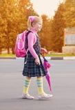 Écolière extérieure Photo stock