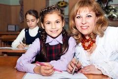 Écolières et professeur Image libre de droits