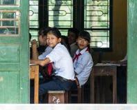 Écoliers au Vietnam Photographie stock libre de droits