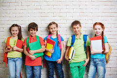 Écoliers modernes Images stock