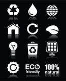 Écologie, vert, réutilisant les icônes blanches réglées sur le noir Photographie stock libre de droits