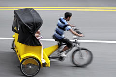 Écologiques alternatifs nettoient le transport Image libre de droits